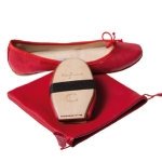 Foldable ballet flats « Bagllerina Gorgeous ». © 100 % leather. 8 colors from 36 to 43. Bag 18x16x4 cm. 89 €. Natkin. http://www.natkinparis.com