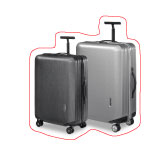 SAMSONITE SUITCASE WITH WHEELS.