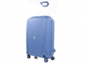 Light suitcase. Roncato. Made from recyclabe materials. 3.9 kg for 70 L. 68 cm. 145 €. www.mesbagages.com