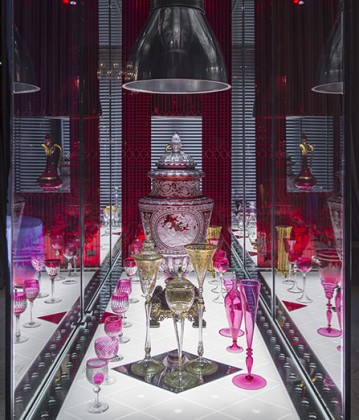 «Baccarat. 250 Years» at the musée Baccarat, Paris: T Deron