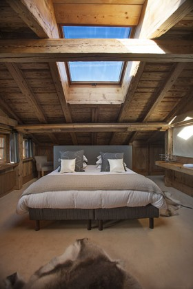 La Ferme des Petites Frasses launches its spa chalet.