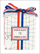 Scented candle in its box in collaboration with Commune de Paris