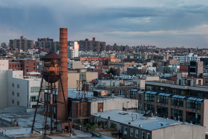 Vue des toits de Brooklyn, New York- C Marie Le Fort