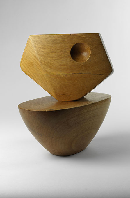 Barbara Hepworth Two Forms Honduras mahogany Private collection, London © The Hepworth Estate