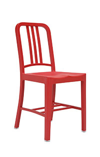 111 Navy Chair, Made by Emeco, Hanover, Pennsylvania, © DR @Plume Voyage Magazine