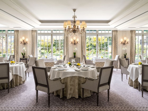 L'Abeille The award-winning restaurant at the Shangri-La in Paris © DR
