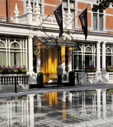 Tadao Ando Water Feature, Connaught Hotel. Courtesy of Connaught Hotel