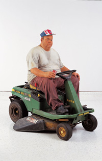 Duane Hanson, Man on Mower, 1995 © VG Bild-Kunst, Bonn, 2013, Courtesy of Institute for Cultural Exchange, SABAM Belgium 2014